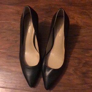 Ann Taylor kitten heel shoes